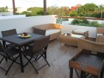 Rooftop terrace with lots of space for entertaining family and friends