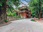 Racer Five, Modern Comfortable Home in Guerneville