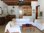 groundfloor livingroom