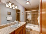 Bears Den B10 Guest Bathroom Frisco Lodging Vacation Rentals
