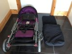Double buggy with cosy toes. Available on request.