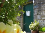 River Neuk offers a small secure courtyard, ideal for letting the dog out and increased security.