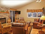 New Gas Fireplace, HDTV, Vaulted Ceilings with Fan