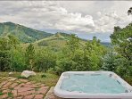 Private Hot Tub with an Amazing Ski Slope View