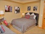Bedroom 3 - Queen & Twin, TV