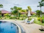 2 Bed Villa Rayong Pool Internet Air Con Gated