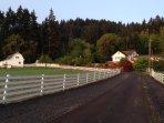 100% Eclipse Path, Beautiful Guest House, Private Trails, Close toOregon State