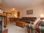 Lovely and comfortable condo in Whistler Village