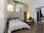 Salon-séjour avec 2 canapés convertibles en lit de 140 cm