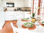 Fully equipped kitchen with dining area for 4