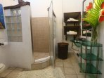 Villa Zatarra Downstairs Bathroom 2