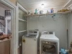 Laundry room w/extra capacity washer and dryer (new appliances - 2016)