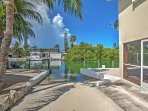 The Sunshine State awaits you with this splendid Islamorada vacation rental house!