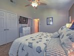 Each bedroom has flat-screen TVs with DVD players and AppleTV.