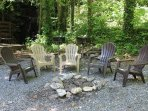 Chair,Furniture,Bench,Park Bench,Dining Table