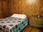 Bed,Bedroom,Furniture,Home Decor,Quilt