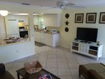 Spacious Living Dining Room with 42' Flat Screen TV, DVD and HD DirecTV