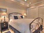 Queen bedroom has washer & dryer in the closet