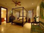 Hale Koa Downstairs pool-courtyard bedroom w/ Queen size bed - beautiful!