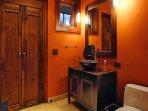 Another Hale Koa bathroom. Look at that beautiful sink