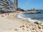 playa en la urbanizacion