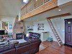 Living room/Loft