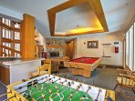 Enjoy access to the clubhouse, with various entertainment amenities.