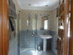 Ensuite shower room for bedroom 3