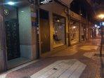 Fachada portal, en una de las mejores zonas de Logroño