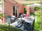 La terrasse meublée
