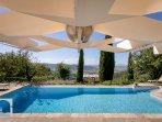 Villa dei Ciliegi: the pool is a dream