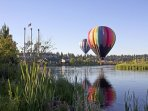 Balloon over Bend