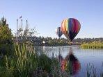Balloon over Bend