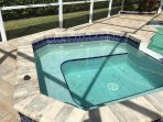 Spa w/pool jets and controls