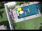 Private Garden Studio, Pool on property