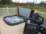 Hot tub and spacious seating area