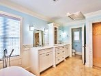 3rd Floor Master King Suite feat. Walk-In Shower and Tub with Beautiful Views