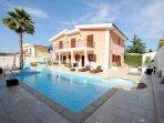 la piscina più cool di Trani: Gattaland