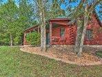 Private 1BR Defiance Cabin on 43 Acres!