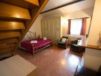 Bedroom 'Fiorella' 1st floor (1double bed+2 single bed) total 4