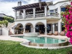 Enjoy your private yard with pool, Jacuzzi and grill