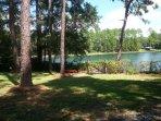 Clear Blue Lake. Pets OK. Wi Fi. Gainesville Area
