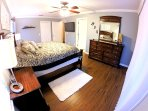 Upstairs Master Bedroom - King Bed