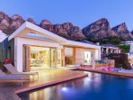 Element House - luxurious Villa Camps Bay