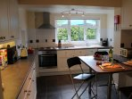 A smart contemporary kitchen