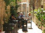 Be part of the easy life in the quiet streets of Birgu