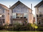 Duck Down Lodge - The Lower Mill Estate / 4 Bedroom Luxury Villa
