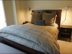 2nd Bedroom with Queen Bed/Bath