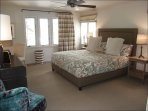 3rd Master Suite with King bed/Bath/TV