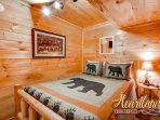 Queen bedroom - Pigeon Forge Cabin Rental